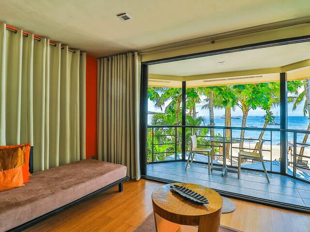 Boracay Beach Houses-facing Boracay Beach