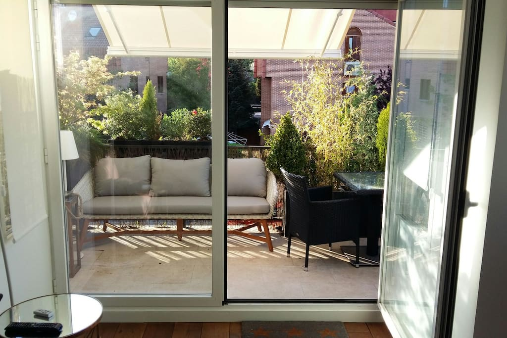 Piso nuevo terraza plaza garaje casas en alquiler en for Plaza de garaje madrid