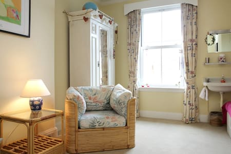 Charming double room with private bathroom
