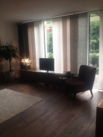 Nice and clean ground floor apartment with garden - Utrecht