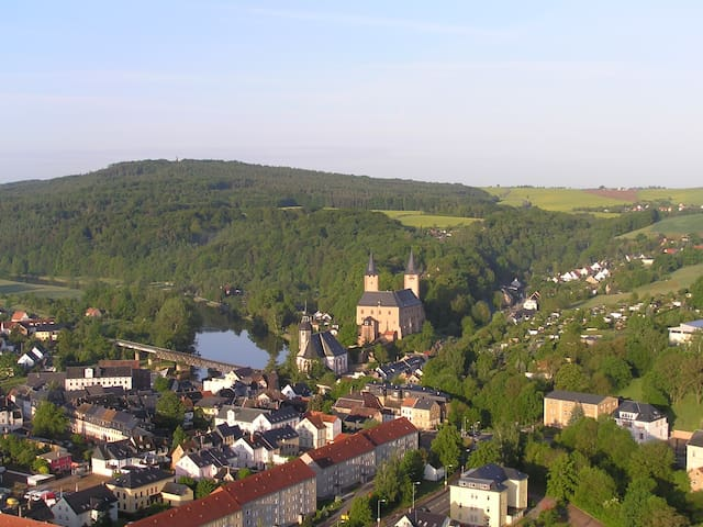 "Ferienwohnung ""Rochlitzer Berg Blick"" - Seelitz - Lägenhet"
