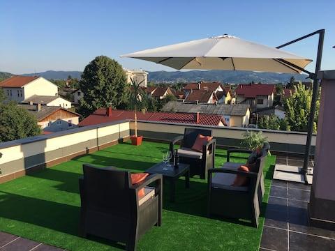 Bingo Apartment with Balcony
