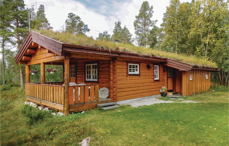 Holiday cottage with 2 bedrooms on 53m² in Elgå