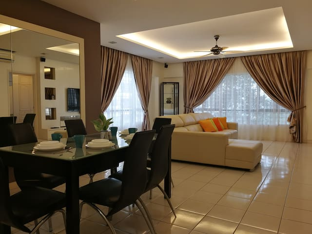 Bukit Gasing PJ@StayGreen Cosy Home