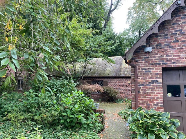 Cozy Cottswald Cottage