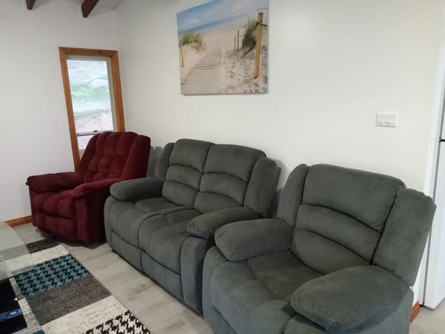 4 comfortable recliner chairs