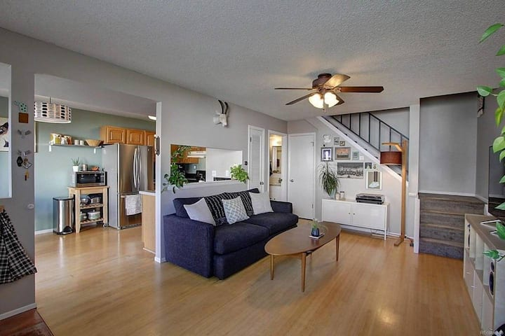 Modern 2 bedroom in a Park Setting