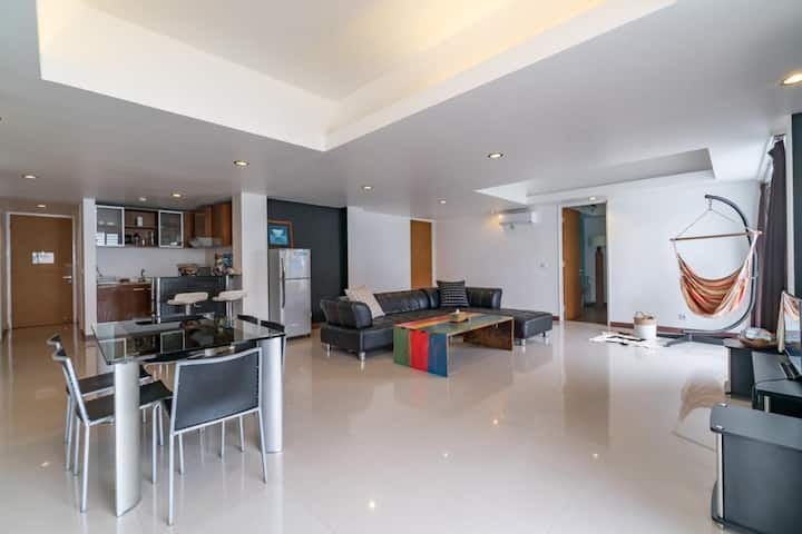 Stylish Apartment at the Central Town