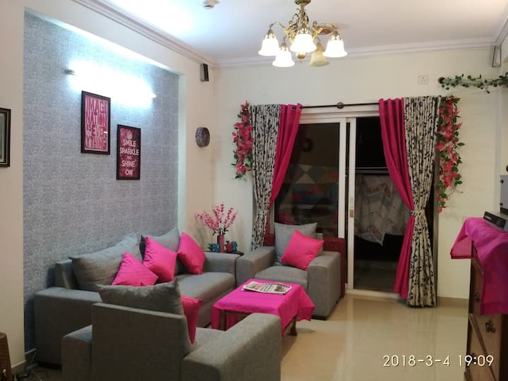 2 bhk apartment near Columbia asia hospital (4pax)