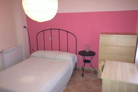 SR1B 1 dormitorio salon cocina y baño - Santo Domingo de la Calzada - Apartment
