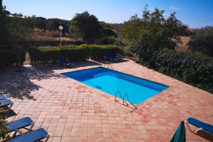 Spacious Cottage in Moratalla with Swimming Pool