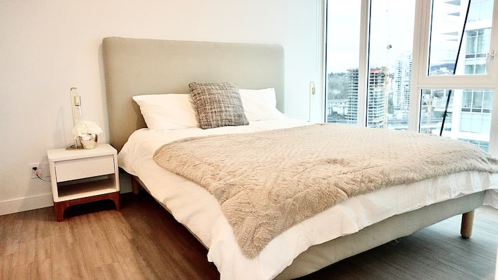 Brand New 2 Beds+2 Baths Apartment with great view