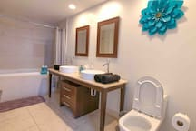 ICON BRICKELL PENTHOUSE BESTVIEW 5 STARS FREE SPA