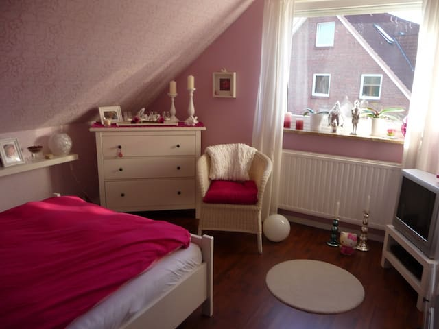 Own room in calm area