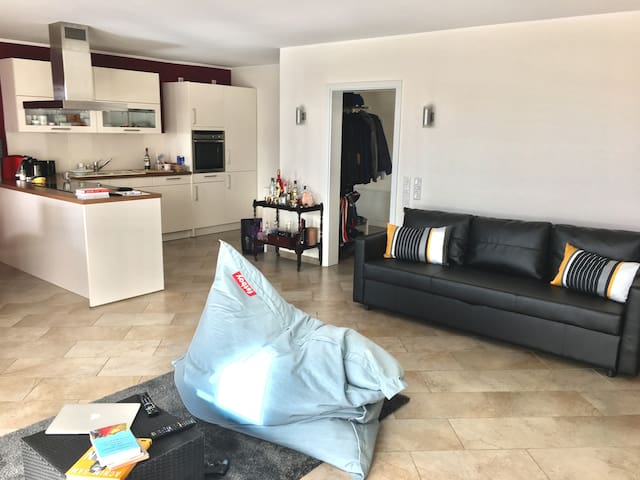 very modern apartement, near central - Dortmund - Apartamento