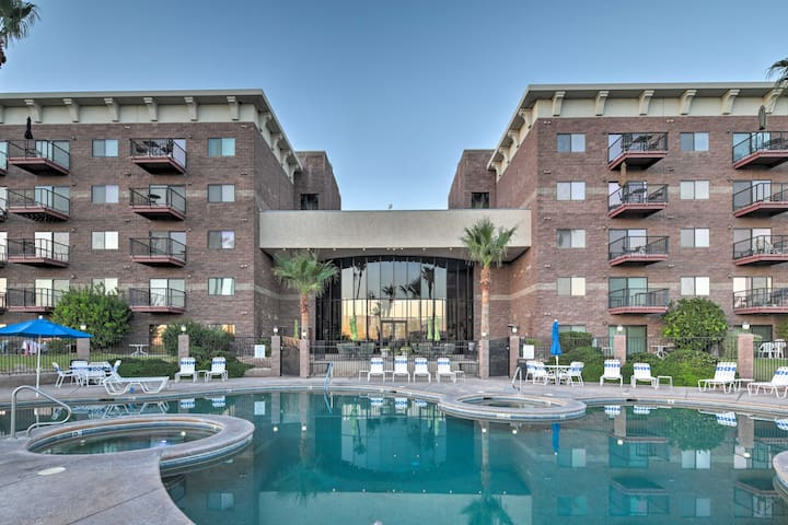 NEW-Lake Havasu Resort Condo, Walk to Golf & Beach