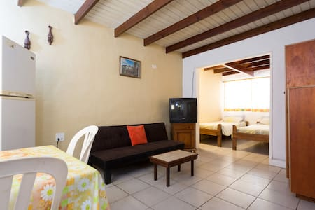 Studio C that sleeps up to 3 persons - Oranjestad