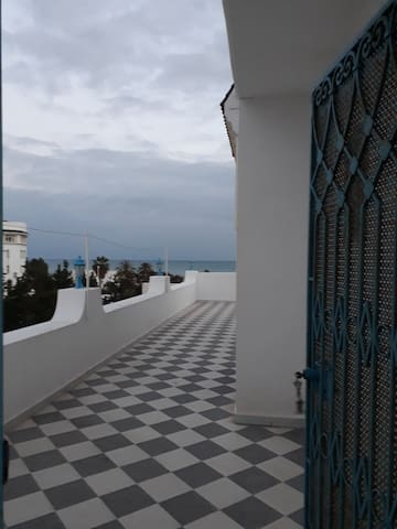 Maison s+2 vue sur mer a Hammamet 5 min du plage