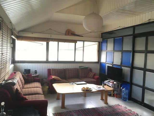 Big room in a shared apartment in Hamra