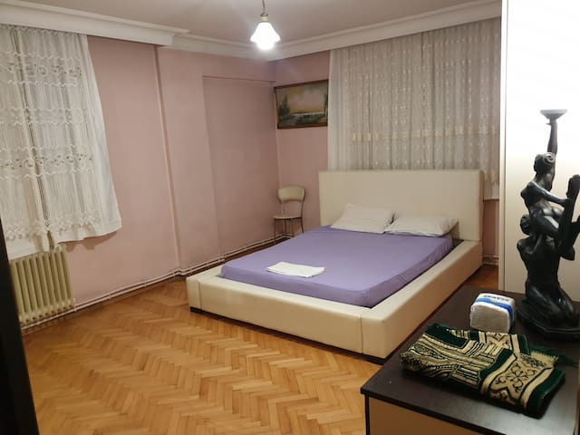 Double bed, perfect appartment, center of Istanbul