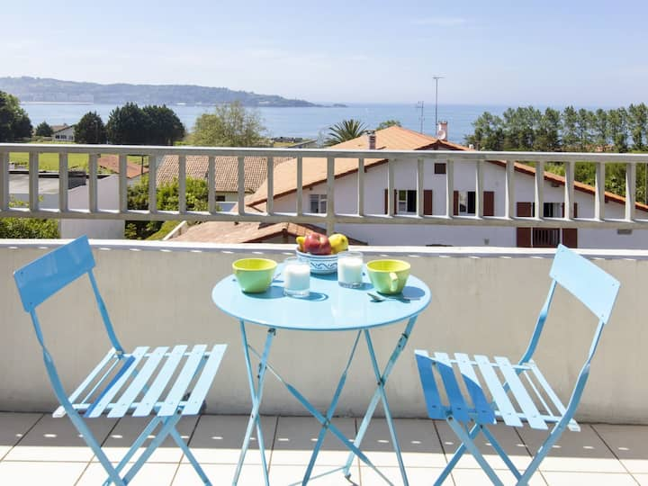 Large apartment with terraces, breathtaking view on the ocean - Welkeys