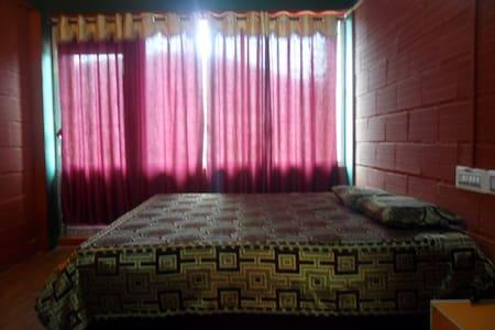 Suite Room # 3 bedrooms - Ooty - Apartment