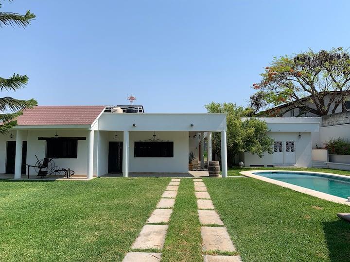 Casa Blanca Paraíso