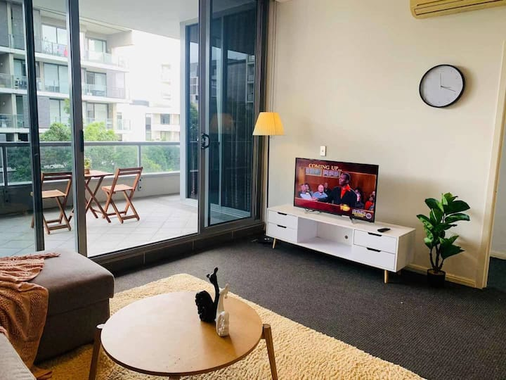 Rhodes Cozy 2bedrooms Near station& Mall+Parking