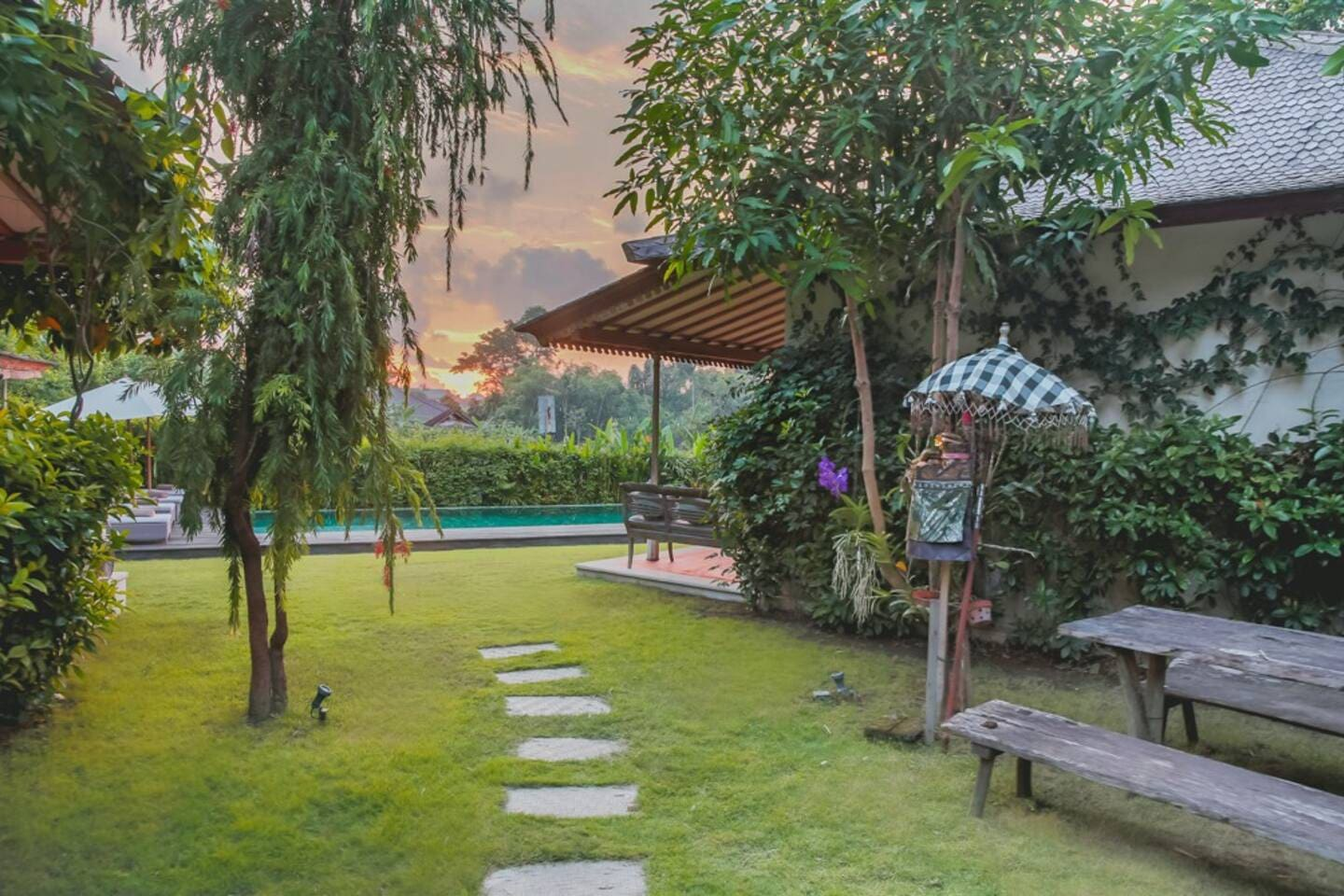 Garden & Pool Our spacious tropical garden is abundant with greenery, featuring a large swimming pool & lounge area for your pleasure. A natural oasis reveals a sweeping untouched ricefield view where you can witness.