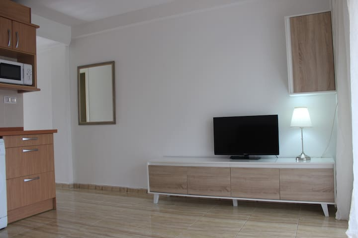Apartment Mayor for 4 persons,second sea line