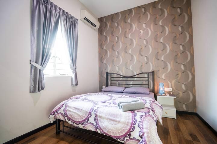 MY'Casa |Room 3| @ Georgetown |Gurney| City Center
