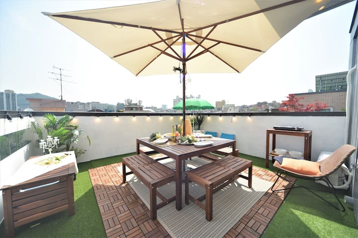 ♥Fave501♥Helloworld Duplex rooftop★Newly open★
