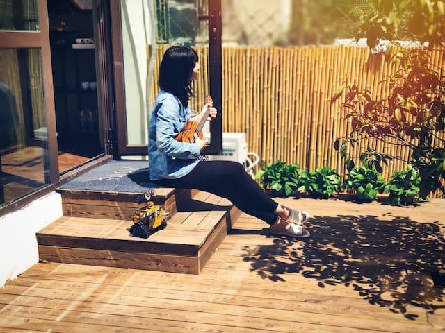 近五四广场的阳光独立院子 一颗樱桃树下的青岛生活-山吹隐宿【Shome】(健康码入住,一客一消毒)