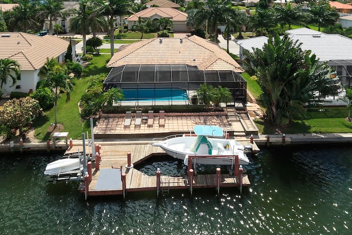 Waterfront Playground in Paradise Awaits!