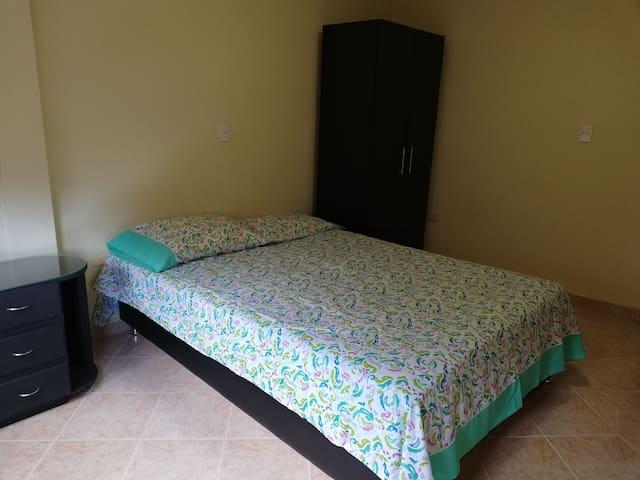 Habitación principal / Main Room