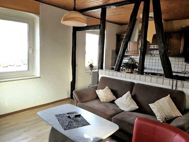 A2: Gemütliche Maisonette-Wohnung mit Dachterasse