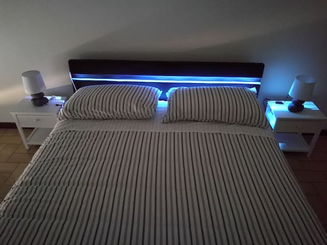 B&B ai canneti - double room led