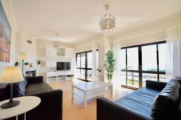 Deluxe Oceanfront 3 BR apartment - Vue sur la Mer