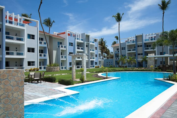 1 Block from Beach! 2BR Sleeps 6 - Punta Cana - Appartement