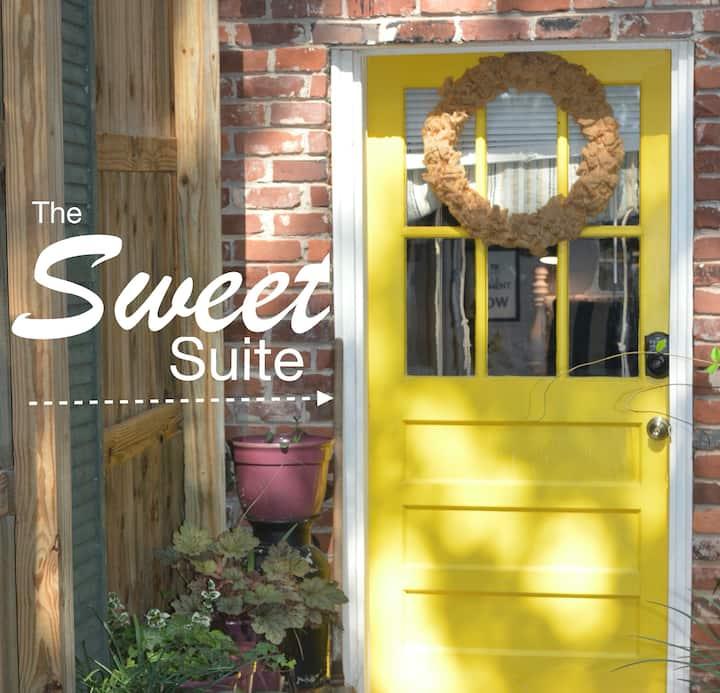The Sweet Suite. Private, Comfy, Convenient!