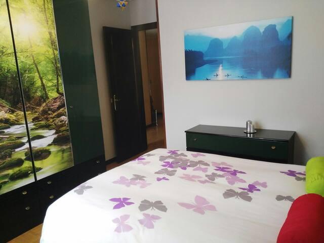 Habitación+Baño y Desayuno en Oviedo Parque Oeste - Oviedo - Apartment