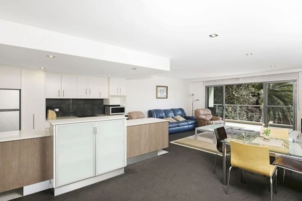 Open Design with Kitchen, Dining and Lounge Areas - bright and breezy