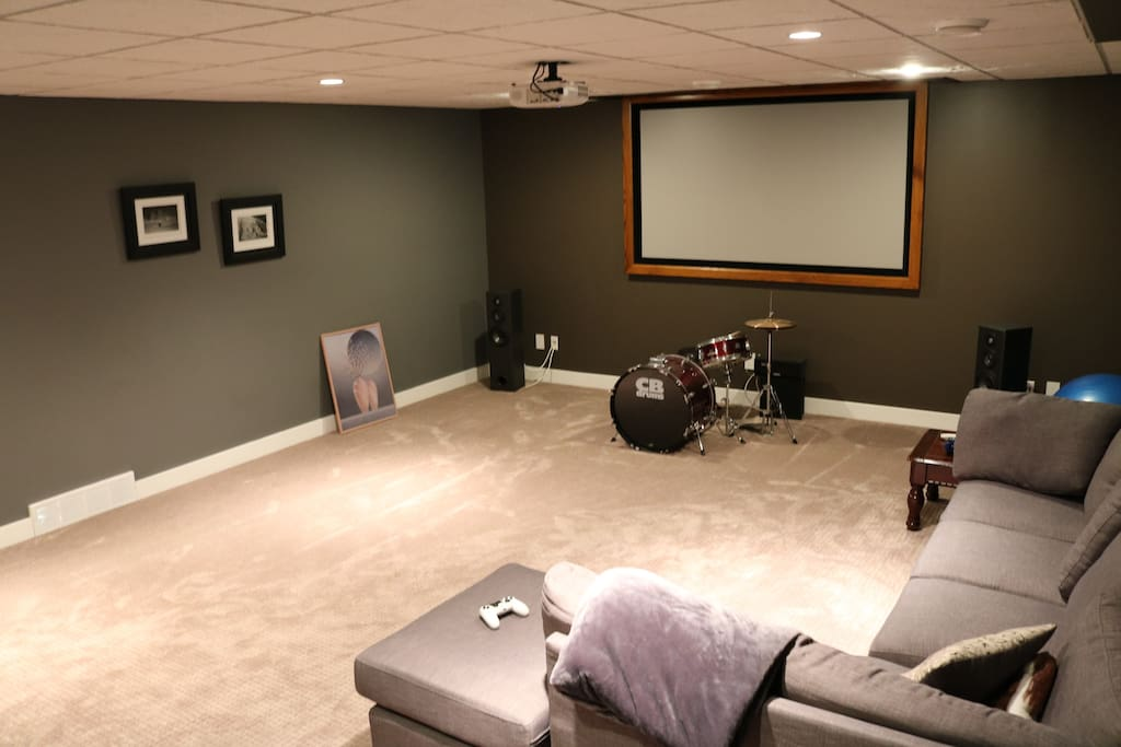 Theatre room that guests have access to