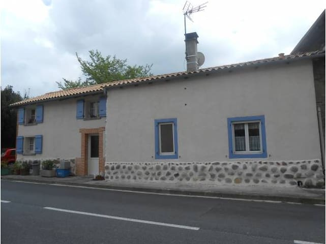 House in French countryside - Figarol - Dom