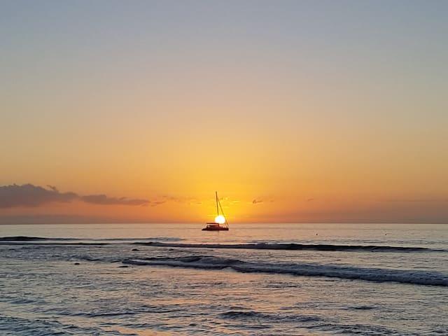 Coucher de soleil depuis la plage de Boucan Canot