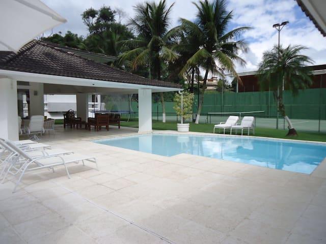 Casa 9 suites em Portogalo - Angra dos Reis - Paraty - Hus