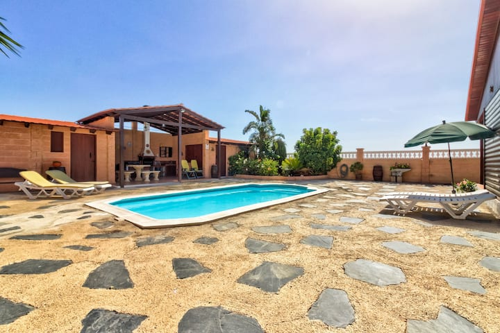 Charming ocean-view villa with private pool, large patio & peaceful location!