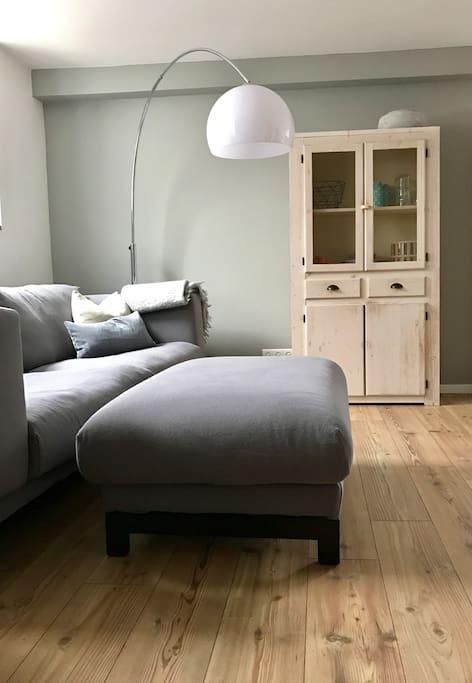 modernes appartement in bonn hoholz h user zur miete in bonn nrw deutschland. Black Bedroom Furniture Sets. Home Design Ideas