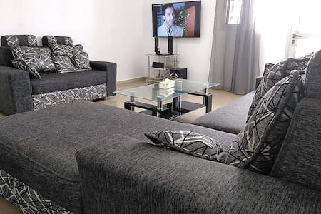 Comfortable 1 bedroom lounge apartment