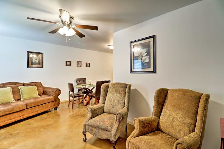 'Just Dazzling,' a 3-bed, 2-bath apartment, features the comforts of home.
